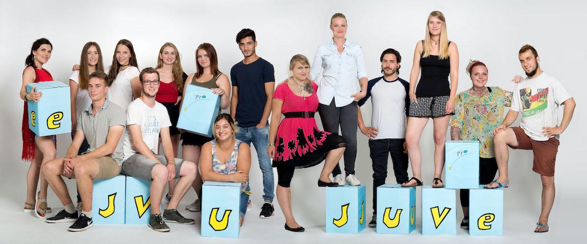 38 Pro Juventa Studiofotos trinkhaus fotografie